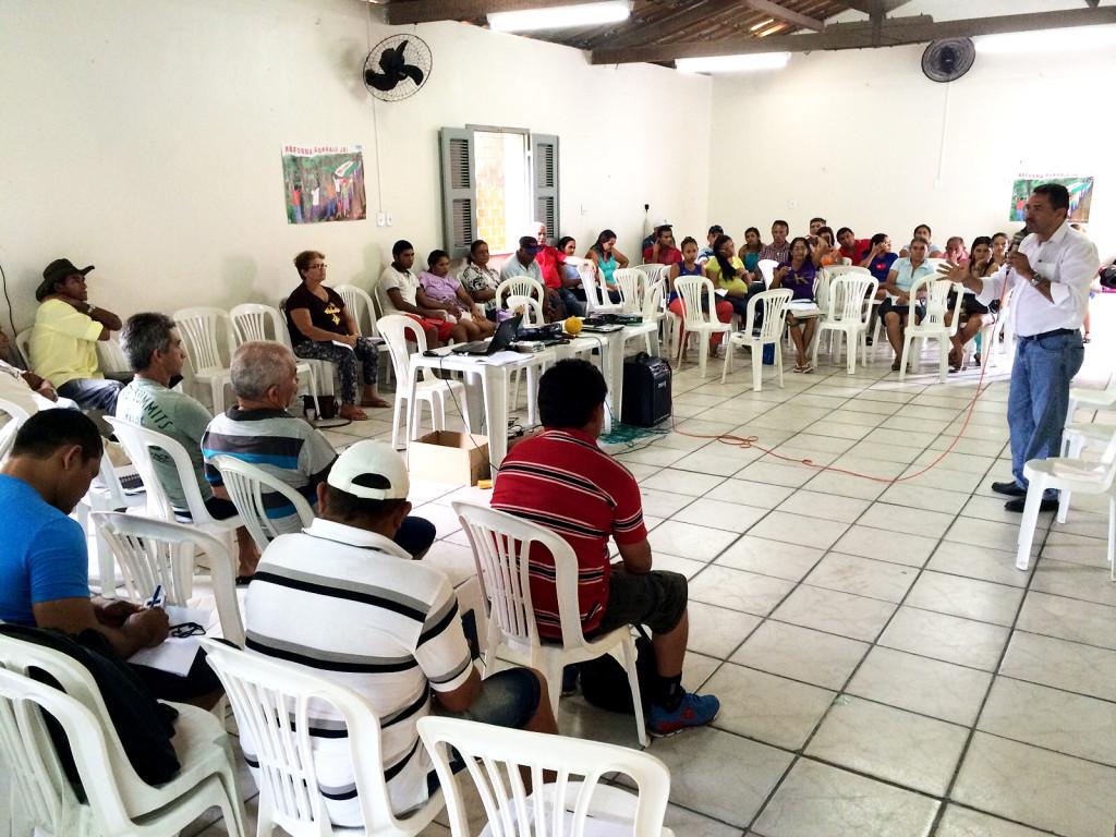 Moisés fez uma avaliação da conjuntura política e econômica do Ceará e do Brasil