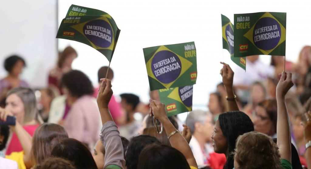 Brasília- DF 07-04-2016 Presidenta, Dilma durante Encontro com Mulheres em Defesa da Democracia Palácio do Planalto Foto Lula Marques/Agência PT
