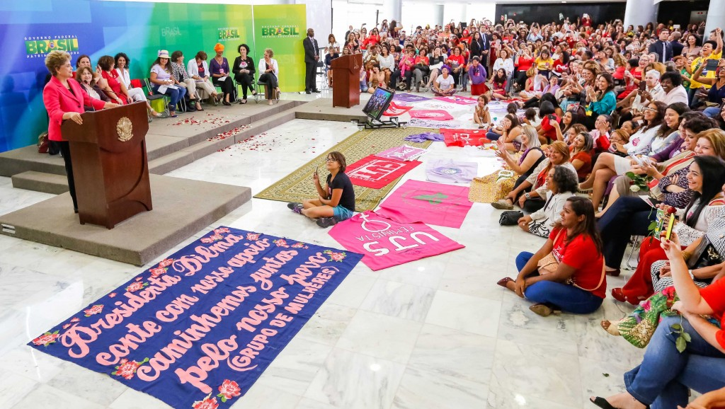 Brasília - DF, 07/04/2016. Presidenta Dilma Rousseff durante encontro com Mulheres em Defesa da Democracia. Foto: Roberto Stuckert Filho/PR