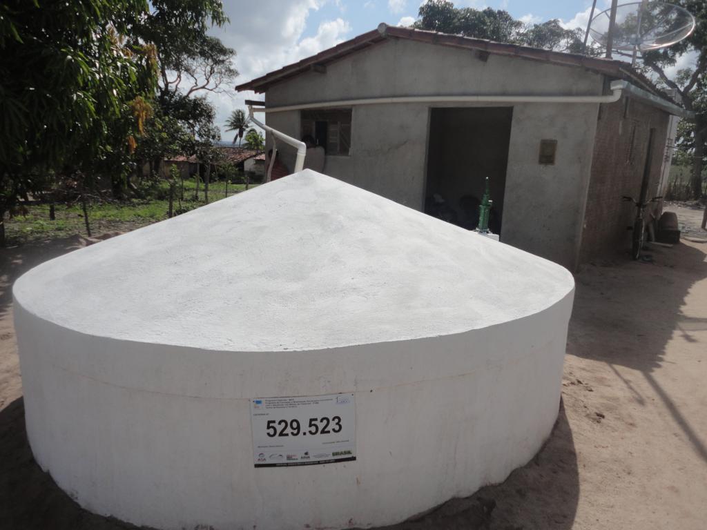 Programa cisternas entrega 54 mil tecnologias de acesso for Cisternas de agua a domicilio