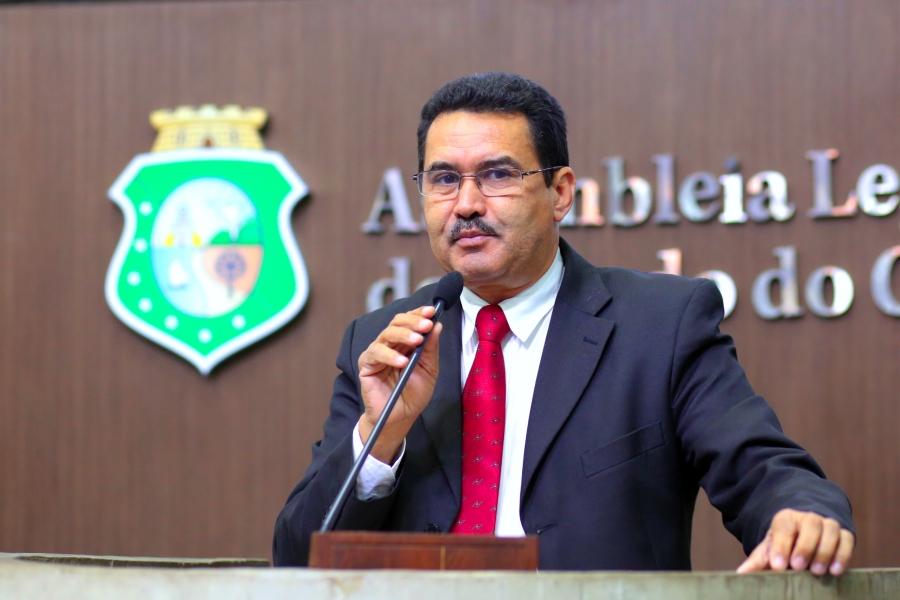 Deputado Moisés Braz (Foto: Máximo Moura/ALEC)