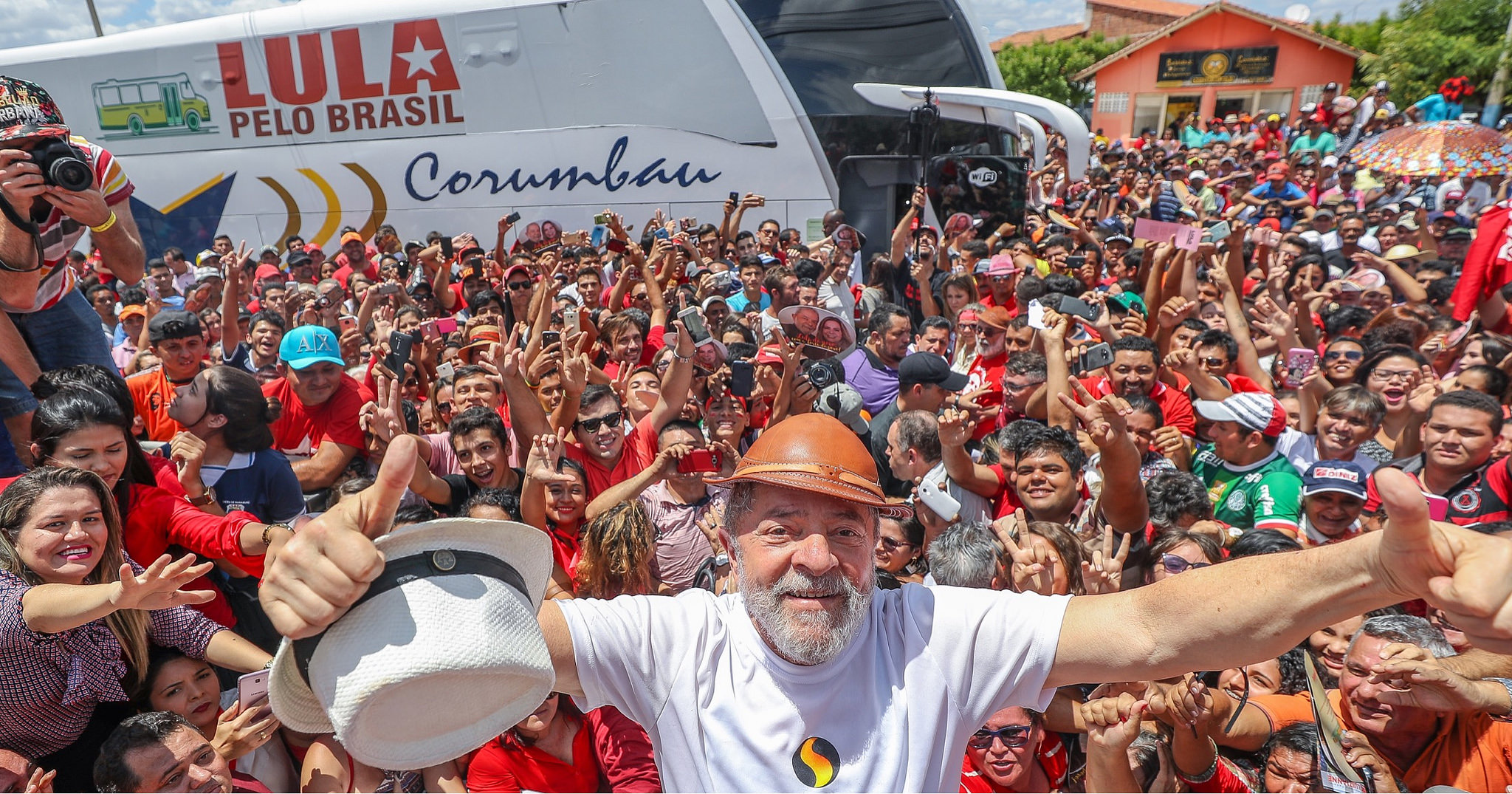 Resultado de imagem para pelo brasil Lula